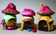 Casas de hadas en lindos frascos pequeños de setas
