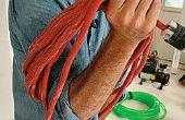 Cómo rescatar un cable de alimentación Over-Twisted