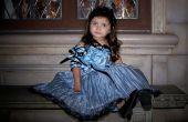 Tim Burton Alicia en el país de las maravillas azul vestido de tetera.