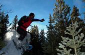 Freestyle con raquetas de nieve Boulder salto