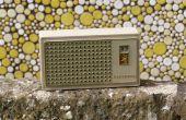 Cómo revivir una radio de transistores de circuito reflejo de sylvania