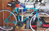 Soporte de reparación de bicicleta en Banco de trabajo.