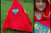 Superhéroe con capucha de toalla