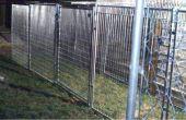 Ineludible perro, gato, humanos a pie de edificio, (paneles de la perrera) cubierto y al abrigo de los elementos de conexión