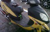 Scooter con construido en sistema de sonido y equipo
