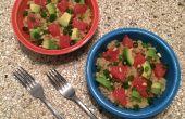 Caliente quinua ensalada de cítricos aguacate