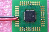Cómo cuidadosamente desacoplamiento tapas de soldadura (sin carga de los cables!) de microcontroladores SMT.