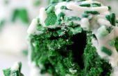 Terciopelo verde Cake Pops - perfecto para la temporada de día de San Patricio