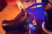 Añadir un pequeño joystick de pulgar de dos ejes analógicos a su palanca de mando existente.