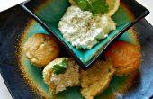 Miel Cilantro ajo Muffins de pan de maíz con limón crema de queso extendido