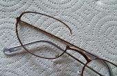 Reparación de gafas de emergencia usando Sugru