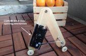 De un mecanismo de apertura de la puerta de unidad de CDROM del gusano Robot -