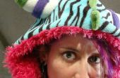 Hacer una amistad encontrar E-Textile monstruo sudadera con capucha con Neopixels