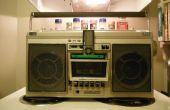 Hacer un ipod cool base para su boombox de una cinta de cassette... Barato!