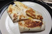 Mantequilla de maní, jalea y abrigo de desayuno huevo