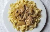 Reducir muslos de cocina pollo con hinojo y aceitunas