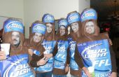 Más Zombie seis Pack Bud Light traje