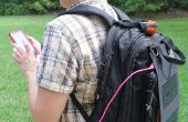 Perro marrón cargador de Gadgets Solar mochila accionado