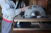 Cómo convertir una mano sierra circular en una sierra de corte transversal utilizando materiales de desecho.  Bricolaje: Mesa Sierra de, mediante el uso de materiales recuperados