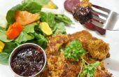 Fecha de caseros Nuggests de pollo al horno con salsa de inmersión especial para cenas de noche