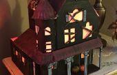 Mesa de luz-up miniatura de la casa encantada