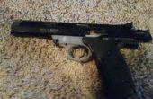 Pistola campo pelando un S & W 22A
