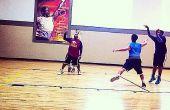 Cómo disparar una bola de baloncesto