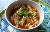 Sopa de carne picante con Pasta