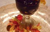 Caliente en tazas de postre vino