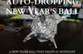 Año nuevo de la base de una chispa bola que cae en su casa!