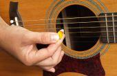 Pick de guitarra (/ púa) de la vieja tarjeta de crédito / Banco tarjeta