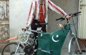 Bici eléctrica del pobre hecha de materiales reciclados de chatarrerías.