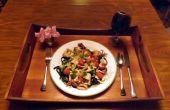 TINTA de calamar negro LINGUINI con tomate fresco CALIMARI y uva dulce