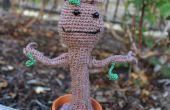 Amigurumi Crochet bailando Baby Groot de guardianes de la galaxia
