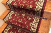 Barras de escalera de madera para un corredor de alfombra