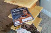 Stand revista de madera recuperado