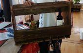 Estante con madera recuperada del vino