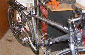 Bicicleta soporte de trabajo para $10 en 5 minutos - se conecta al tornillo de banco de trabajo