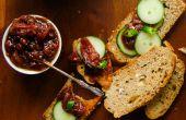 Tomates con dátiles y salsa picante de Chile verde