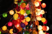 Ideas para el uso de luces de Navidad para alegrar tu fiesta al aire libre