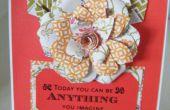 Cómo hacer una tarjeta de flor de papel de materia textil
