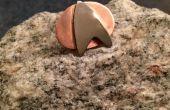 Pin de Star Trek! de un níquel y un tubo de cobre