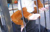 Construir un Yeti neumáticamente actuada en una jaula para un Halloween Haunted House