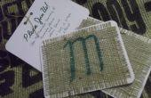 Invitación de boda rústica usando tela de arpillera