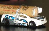 Fuego un coche de Hotwheels con un cohete y la velocidad de la medida.