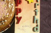 Imagen de transferencia sobre madera para hacer una tarjeta de cumpleaños rústica