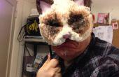 Máscara de gato gruñón