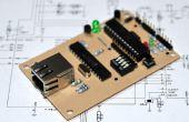 Una tarjeta de crédito de tamaño tarjeta de controladora de Ethernet Arduino compatible