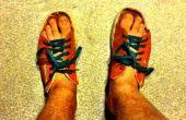 Resbalón de bricolaje en sandalias de zapatos viejos