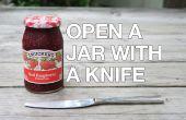 Abrir un frasco atascado con un cuchillo